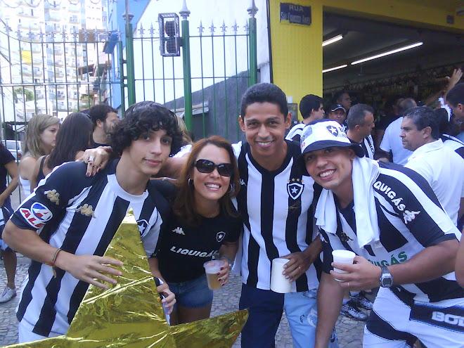 Bruno, Vanessa, Edbarreto e Rogério
