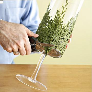 Idea para la mesa de navidad candelabros hechos con ramas for Adornos navidenos con copas y velas