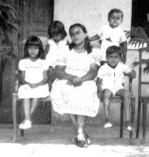 Ibicaraí 1950 irmãos e irmã. foto autor desconhecido
