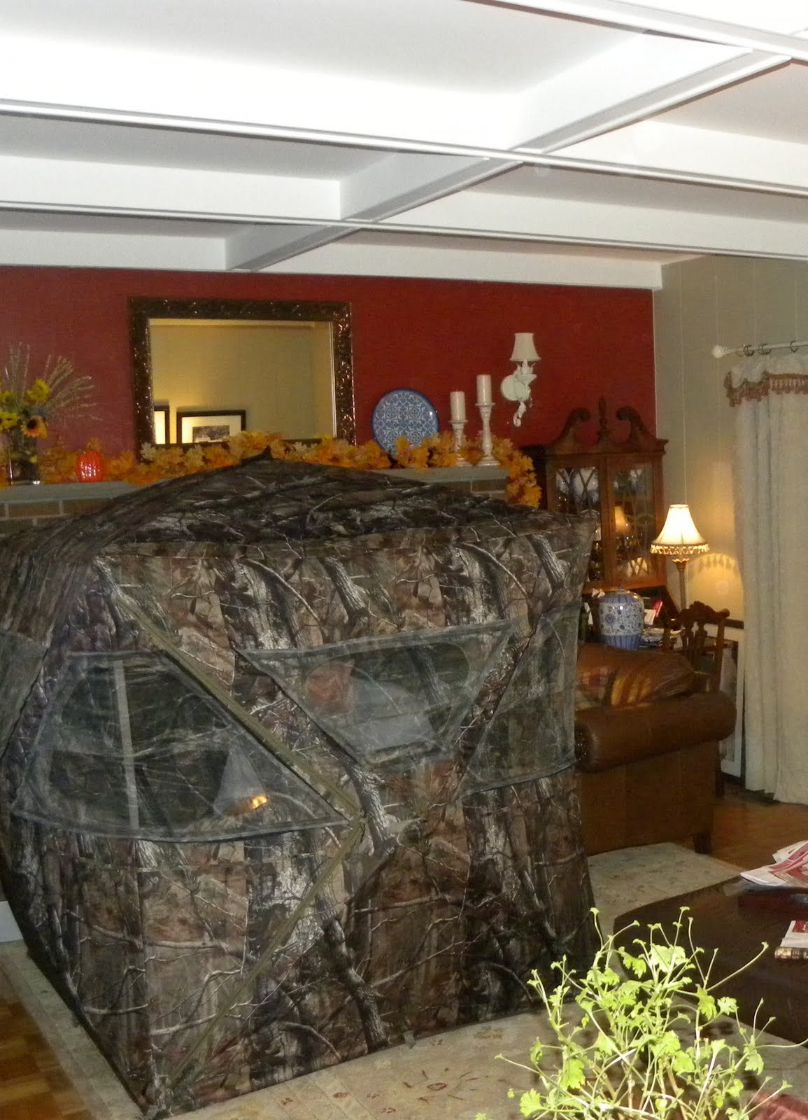Newest wall on hunting room decor interior design ideas - Hunting room decorating ideas ...