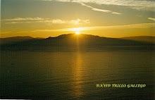 amanecer equinocial en el Monte Pindo desde el Cabo Finisterre