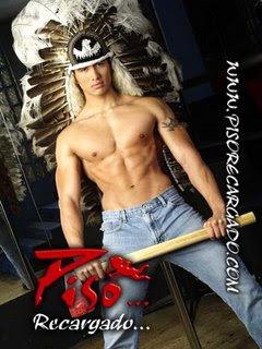 Hugo strippers de piso 14 disfrazado de apache