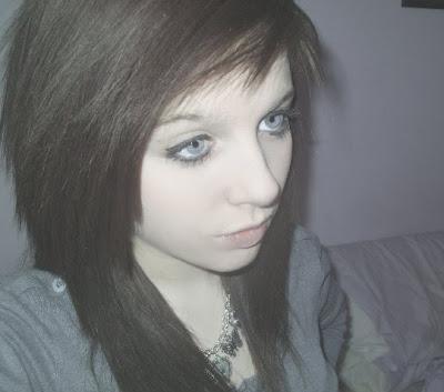 Larissa, anorexia, bulimia