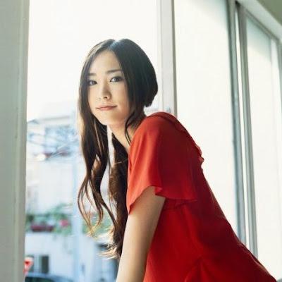 Las 10  mujeres más bellas de japón (según yo)...