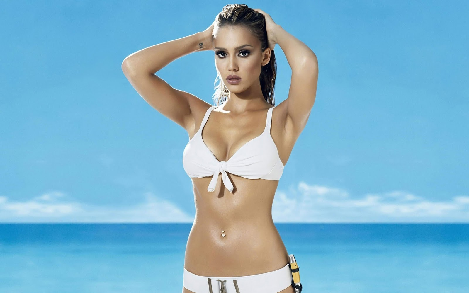 http://3.bp.blogspot.com/_14grgzfQGYA/TPhaTzzQorI/AAAAAAAACX0/XpPbOQN899U/s1600/21-jessica-alba-swimsuit-hd-widescreen-wallpapers-2560x1600.jpeg
