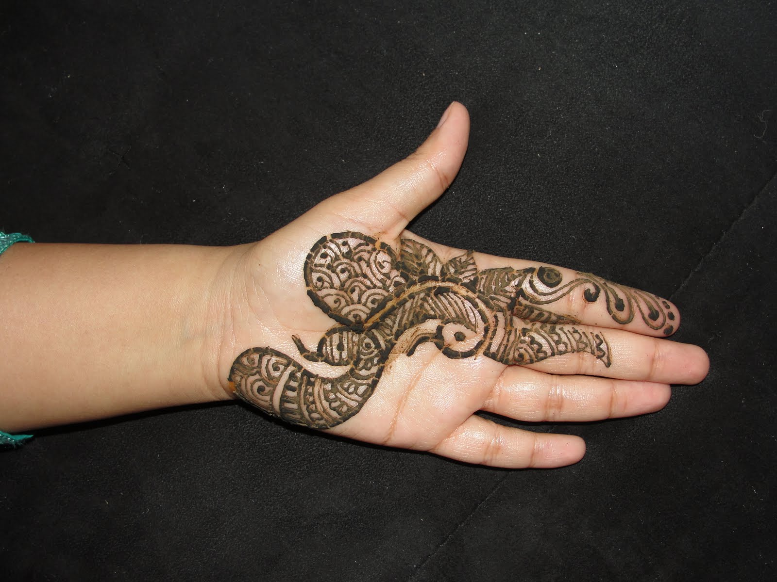 latest pictures bridal | arabic | mehndi/henna design wallpapers