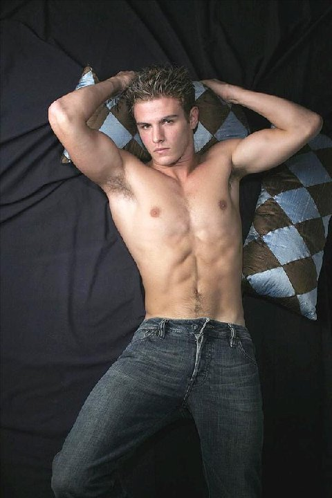 Hunk in Blue Jeans: October 2010