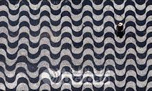 Desenho das Ondas no calcadão de Copacabana