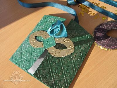 invitatie bal mascat verde auriu