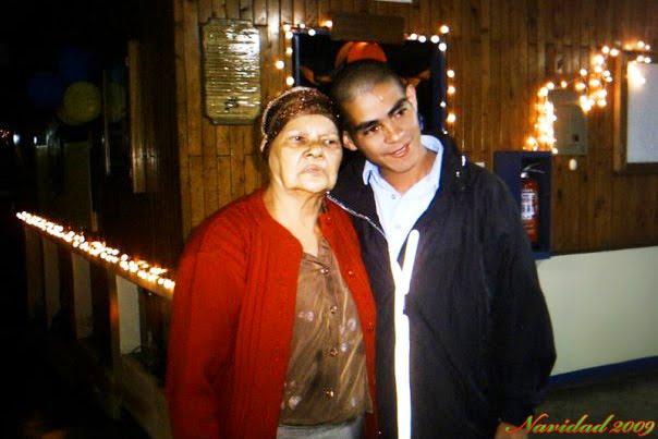 Hay golpes tan fuertes en la vida. Cesar+y+Mami