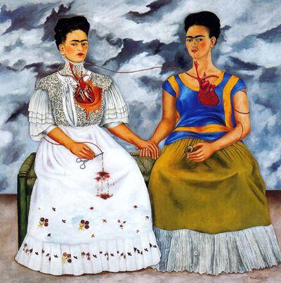 Esta Temblando on Las Dos Fridas  Frida Kahlo