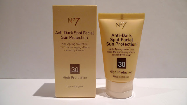 Boots No7 Anti-Dark Spot Facial Sun Protection