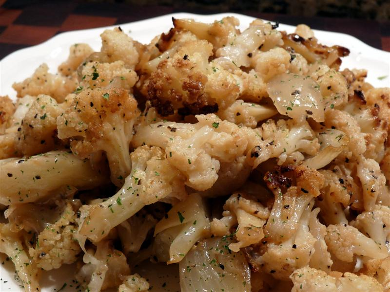 Oven-Roasted Cauliflower, Onions, and Garlic Butteryum
