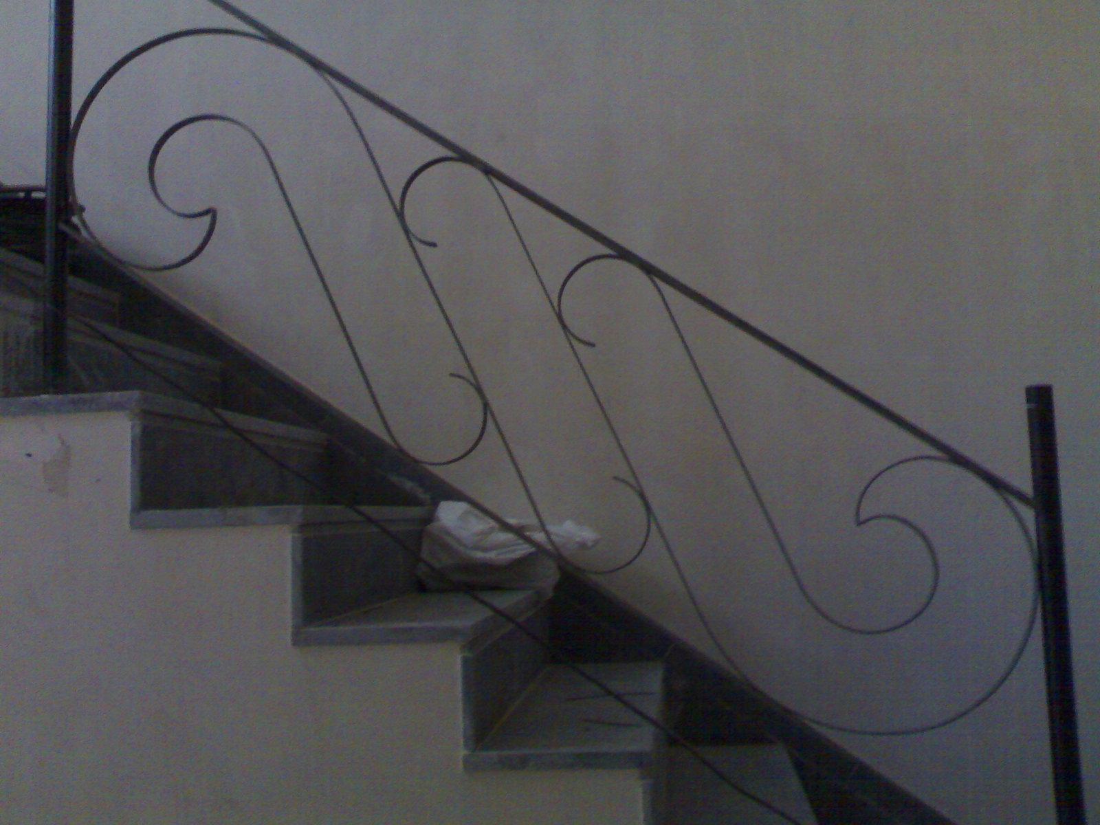 Fotos de escaleras barandillas de forja tattoo design bild for Imagenes escaleras