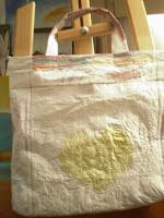 Bolsa artesanal con bolsas plásticas