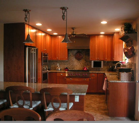 Color Forte Cherry Wood Kitchen Cabinets with an Amber Glow
