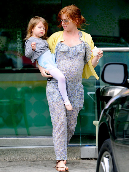 isla fisher daughter olive. Isla Fisher and Isla#39;s Sweet
