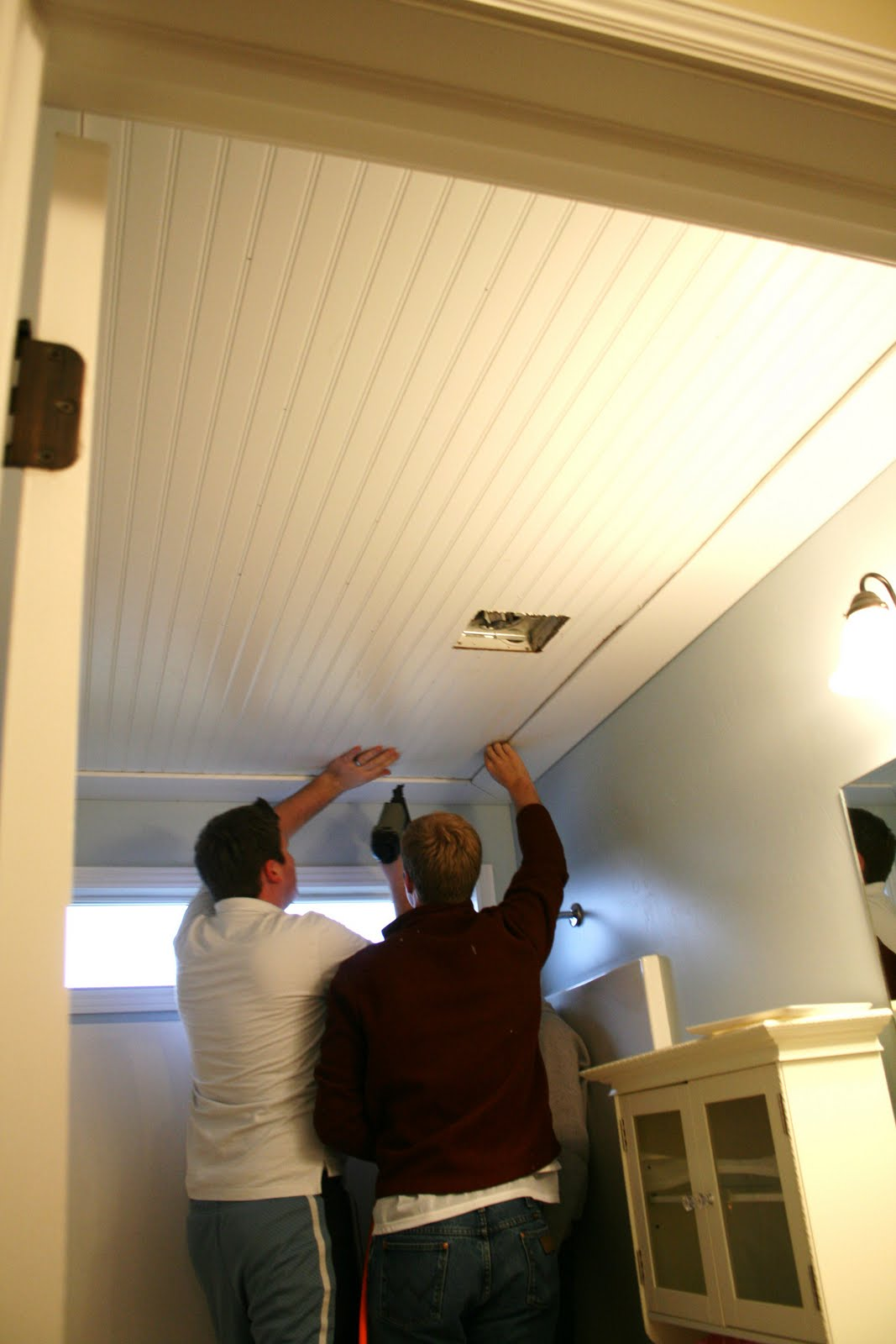 Beadboard ceiling in bathroom for Cool things to put in a basement