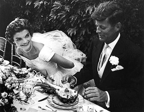 jackie kennedy onassis wedding dress. jackie kennedy onassis wedding