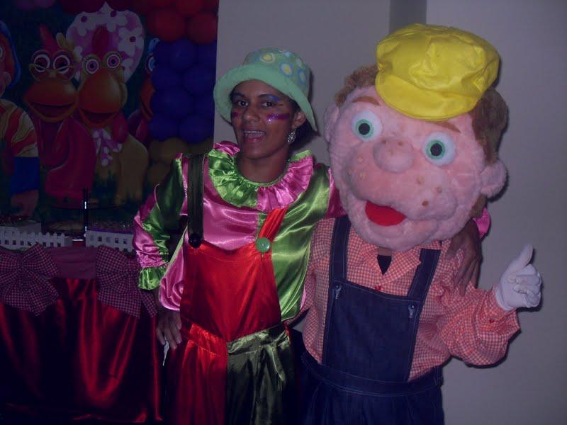 êêê diversão boa!Festa de aniversário e Boneco da turma do Cocoricó