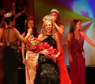 1st Runner-up: Kelsey Stevens (Miss Teen Northeast Ohio)