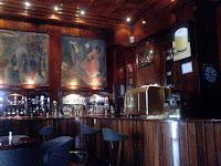 Maury Bar