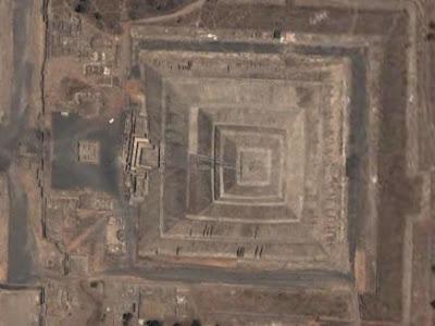 Hallan túnel en Teotihuacan Piramide+del+Sol