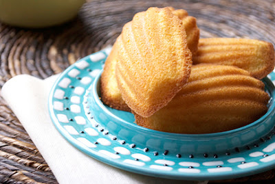 madeleines for your monday