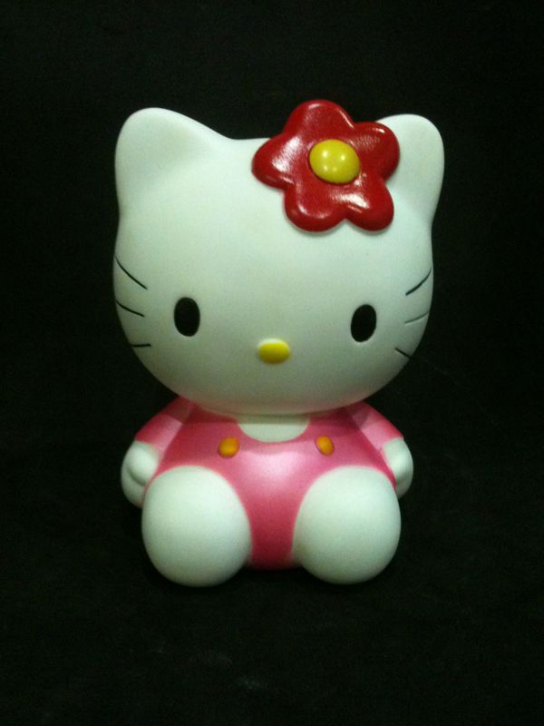 Hello Kitty cake topper. Posted by Decoration at 10:20 PM