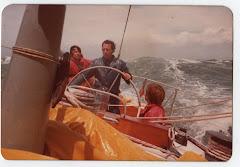 Con la mar por detrás