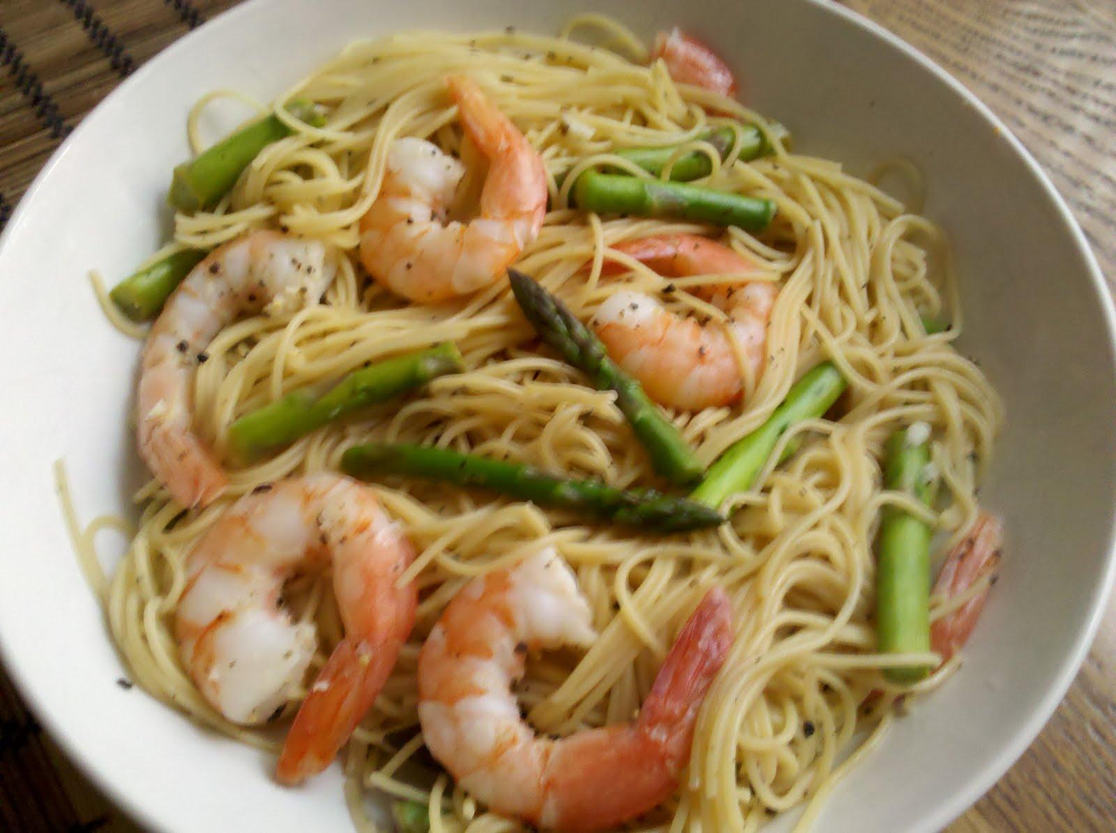 Mega Bites Chicago: Shrimp Scampi with Angel Hair and Asparagus