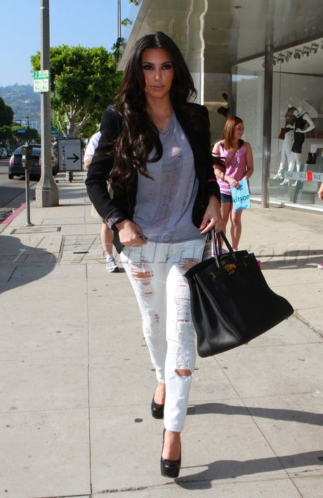 Kim Kardashian Street Style on Stylevore