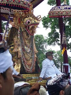 Pelebon Raja Peliatan 2009.jpg
