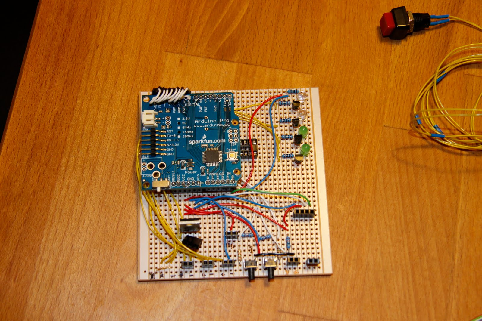 Arduino Based Camera Controller Paddys Blog Make Your Own Temperature With An Ok So I Now Have A Device Which Can Trigger My Cameras Shutter Fire Off Flashgun Or Turn Bunch Of Sockets On And At Command