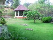 Gazebo di belakang Villa