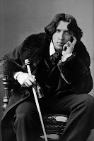 'You must never have a foxtrot with an Oscar Wilde.  Oh dear, no - no, no, child!' (Alma Cogan, personal communication via planchette, obviously board out of her mind.)  Portrait by Napoleon Sarony via Notwist at Wikimedia Commons - public domain.