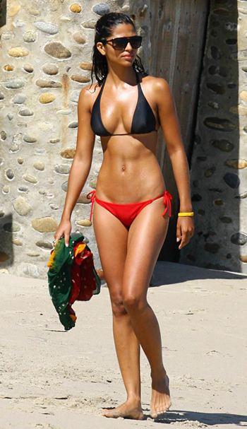 http://3.bp.blogspot.com/_1UVeDkK9zQM/TAQpo0PtccI/AAAAAAAACL4/8TABn6_jcsc/s1600/Camila%25252BAlves2.jpg