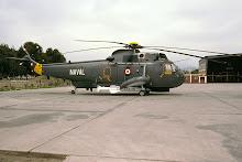 Helicoptero naval armado con misil exocet AM-39