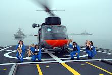 Personal de cubierta de la fragata Mareategui
