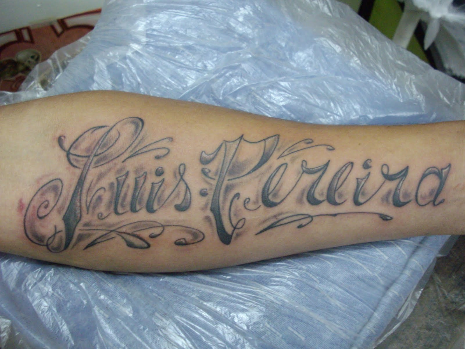 El arte ilustrado tattoo nombres - Tattoo chiffre ...