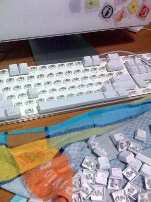 Como limpiar el teclado taringa - Como limpiar paredes blancas muy sucias ...