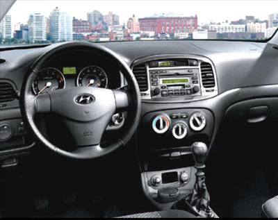 Hyundai Accent Picture and Images