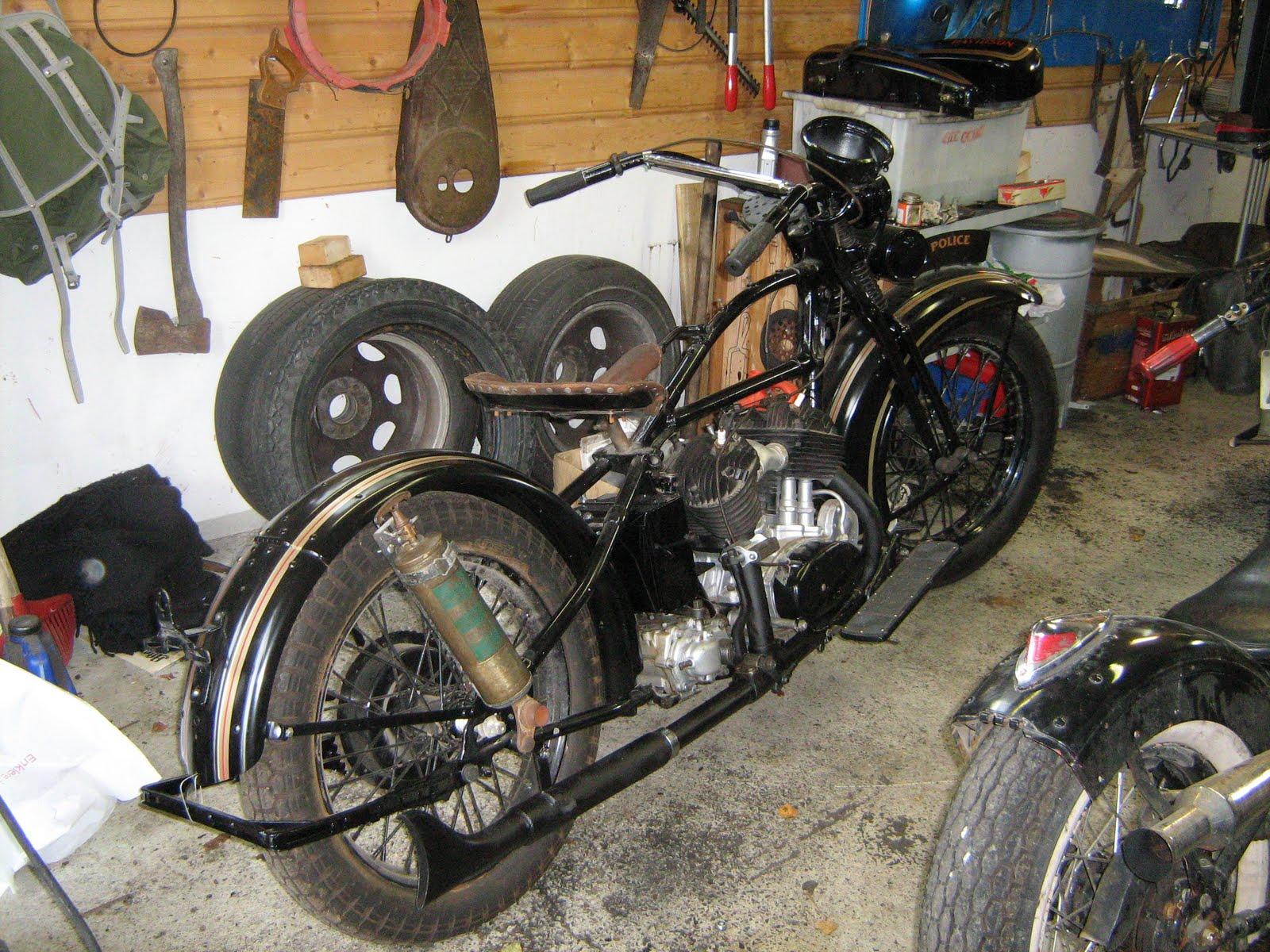American motorcycles norway veteran garage visit - American motorbike garage ...