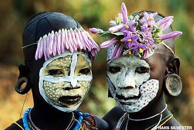 ชนเผ่า ที่งดงามดุจ ดอกไม้