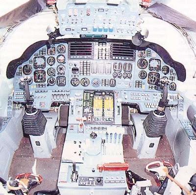 ห้องนักบิน เครื่องบิน ทิ้งระเบิด ใหญ่ที่สุดในโลก