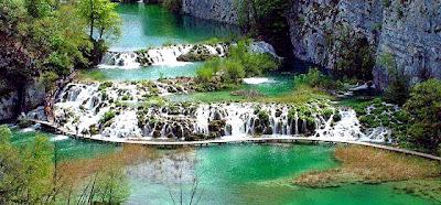 ทะเลสาบ ที่ สวยที่สุดในโลก ( Plitvice Lakes )