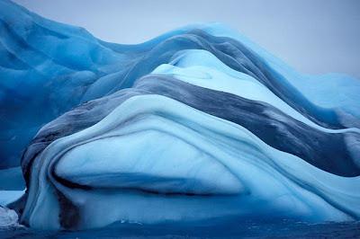 ภูเขาน้ำแข็ง แปลกๆ