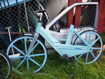 Fixed Gear Blog Itera Plastic Bike