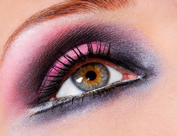حصريا لعالم المرأة : موسوعة من ظل العيون الفرنسي 2011 346856_943244575_maq