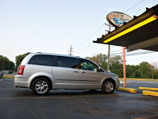 2008 Chrysler Town and Country-2